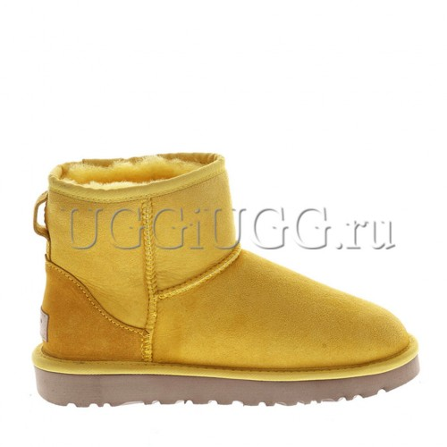 Женские желтые мини угги UGG Classic II Mini Sunflower
