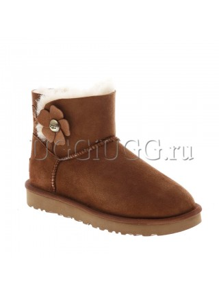 UGG Mini Bailey Button Poppy Chestnut