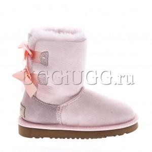 Угги для девочки светло-розовые с лентой UGG Kids Bailey Bow II Seashell Pink