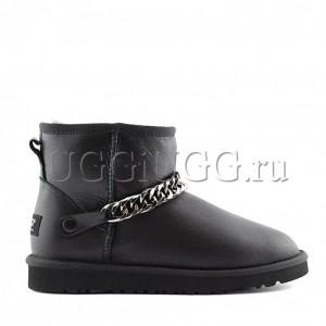 UGG Zanotti Classic Mini Black